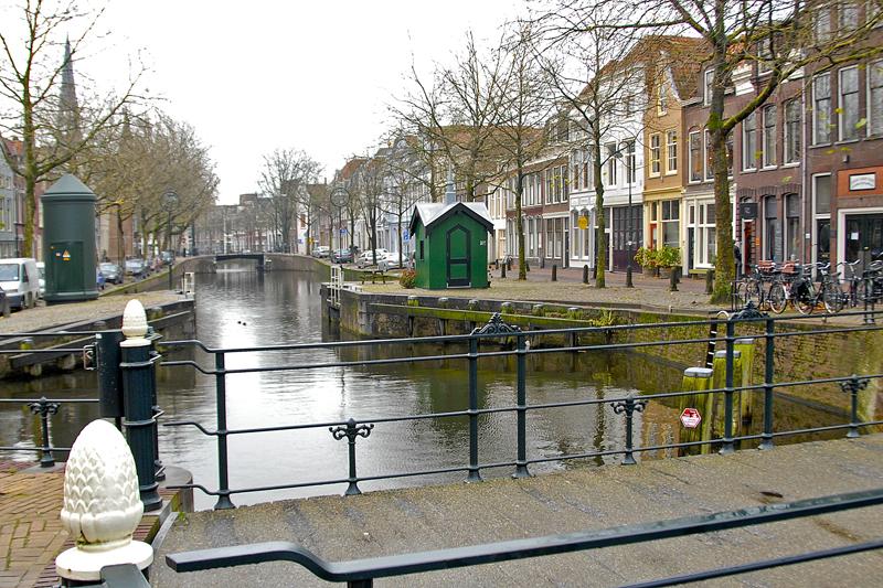De Amsterdamse Sluis gezien vanaf de Dirk Crabethbrug